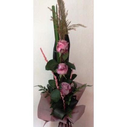 Букет от пепеливи  рози от www.cvetarski.com