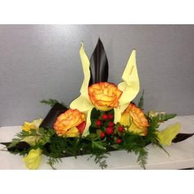 Кораб от оранжеви рози