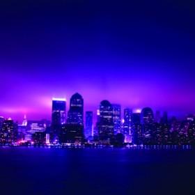 картина - светлини в лилаво