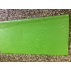 Целофан - зелен на точки